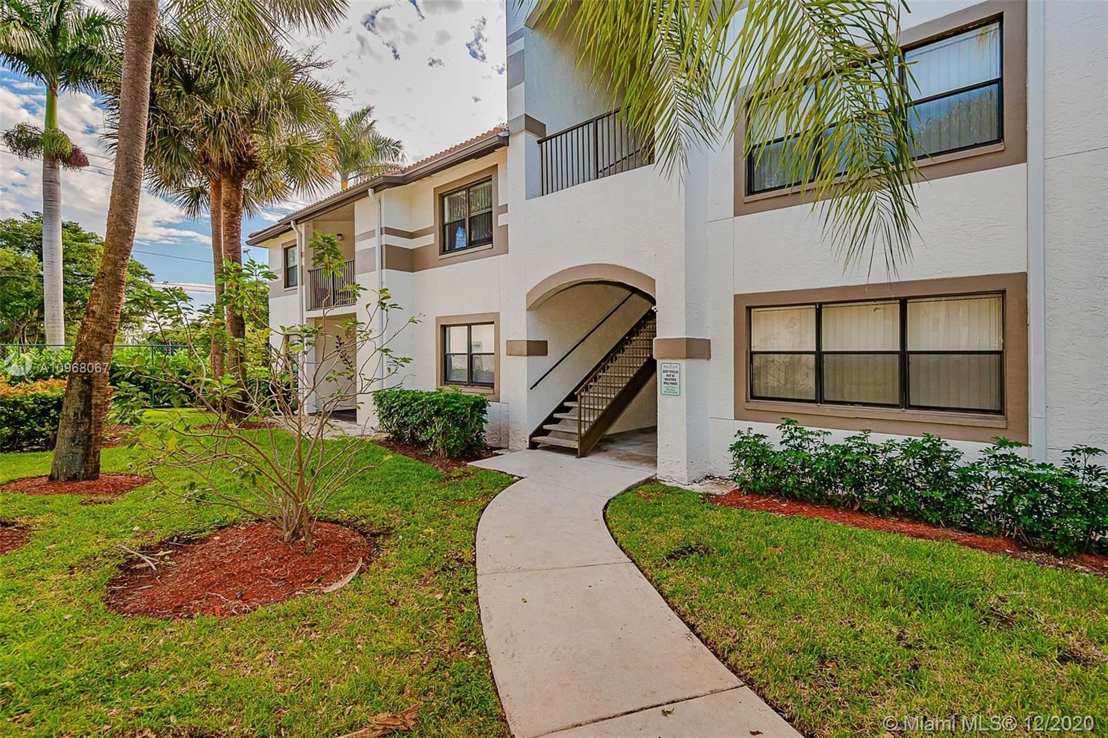 520 S Park Rd #11-12, Hollywood, FL 33021 - #: A10968067