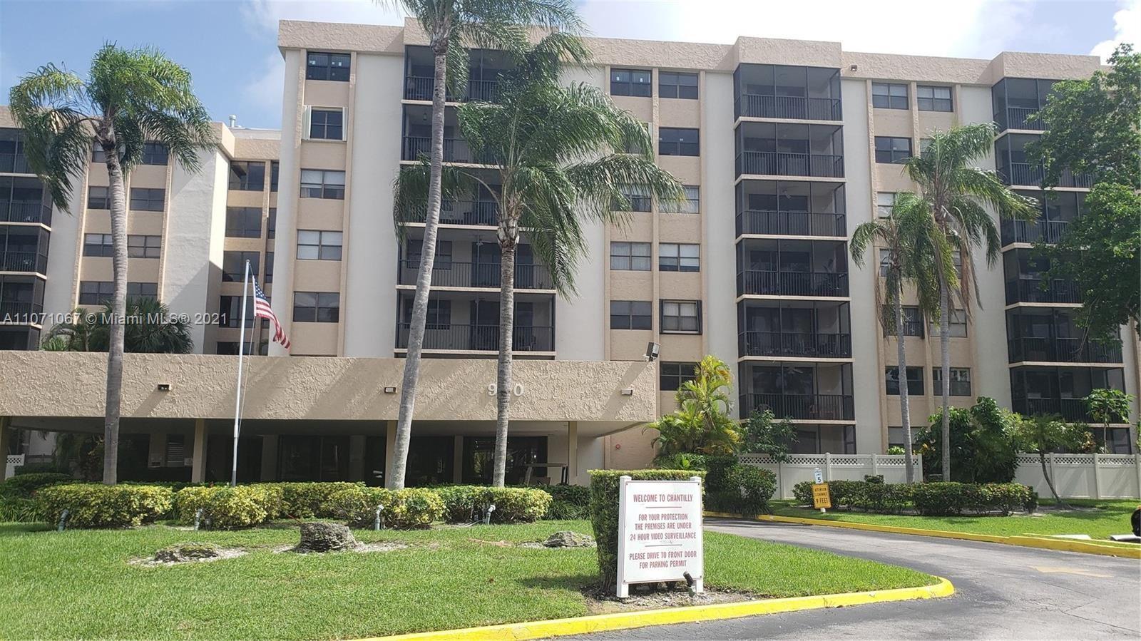 900 NE 195th St #216, Miami, FL 33179 - #: A11071067