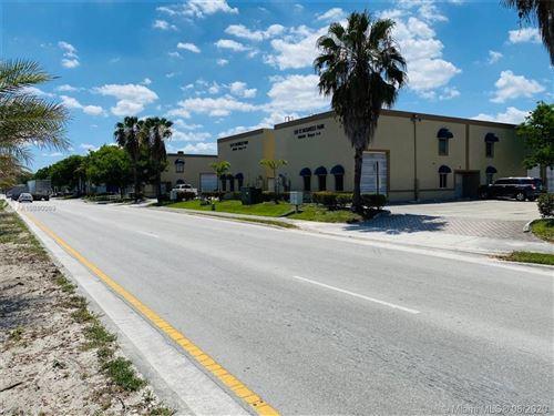 Foto de inmueble con direccion 10830 NW 138th St #1-B Hialeah Gardens FL 33018 con MLS A10880069