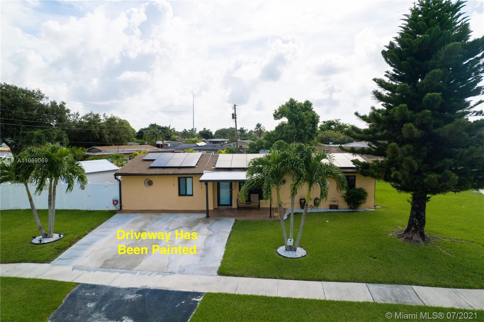Photo of 904 E River Dr, Margate, FL 33063 (MLS # A11069069)