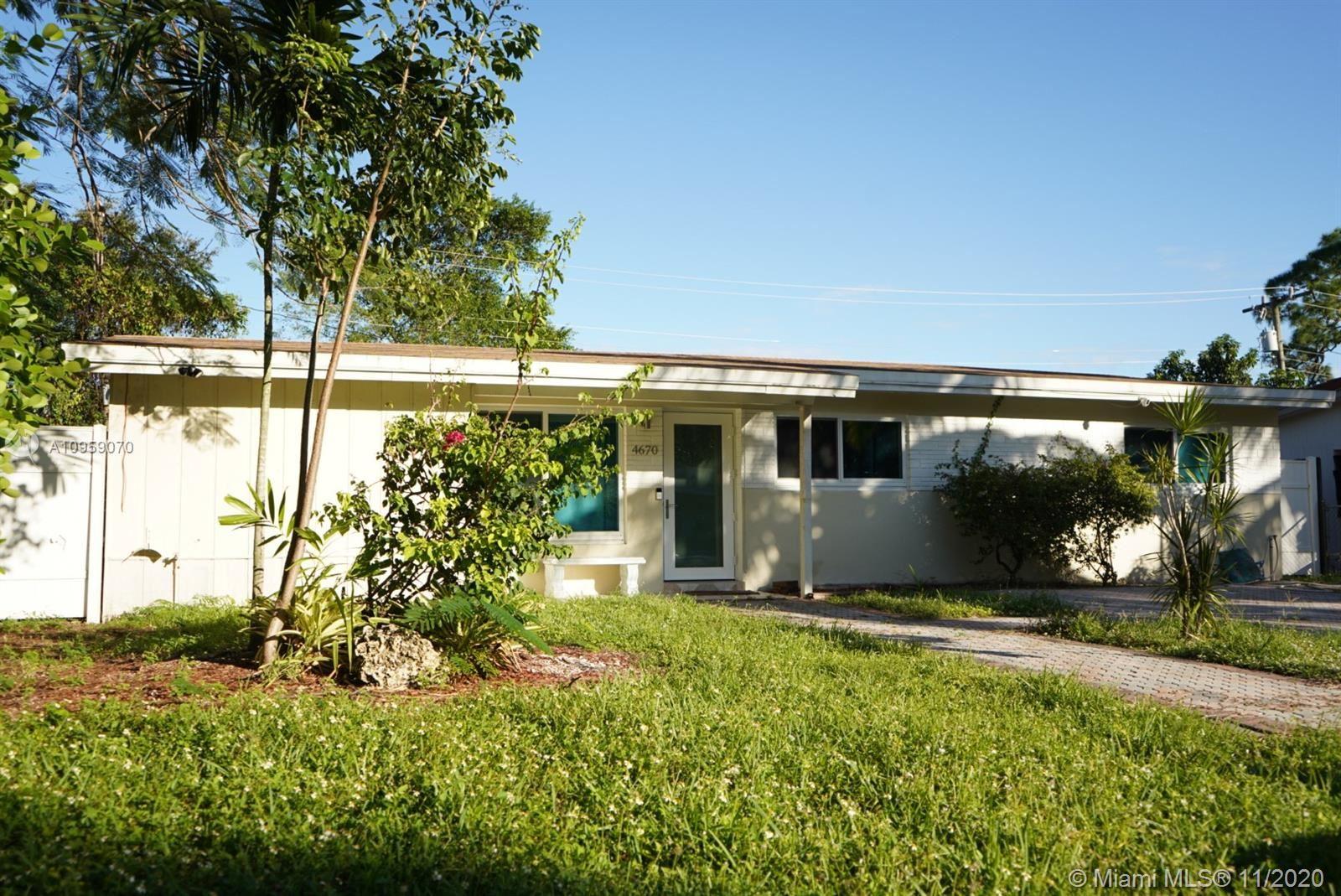 Photo of 4670 SW 25th Ave, Dania Beach, FL 33312 (MLS # A10959070)