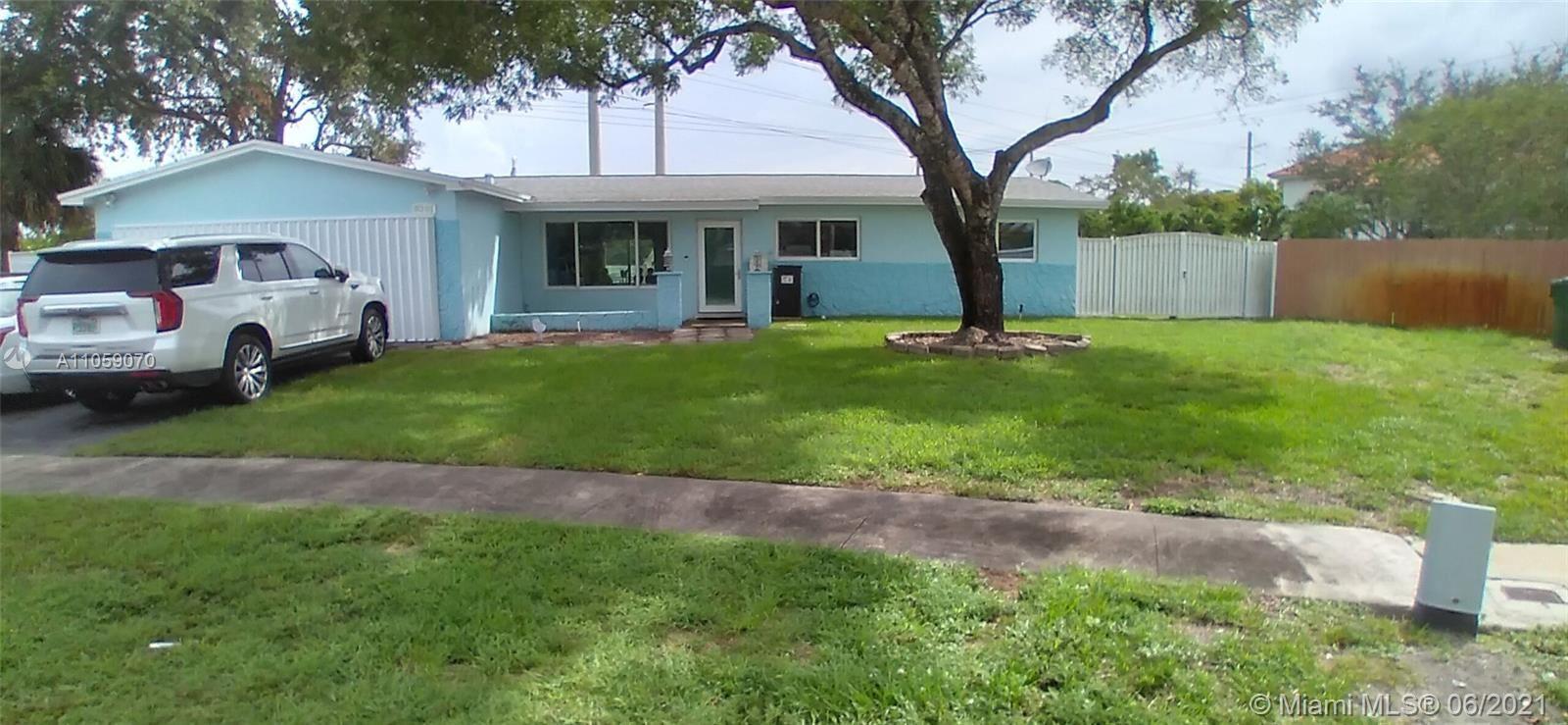 8201 NW 24th Ct, Pembroke Pines, FL 33024 - #: A11059070