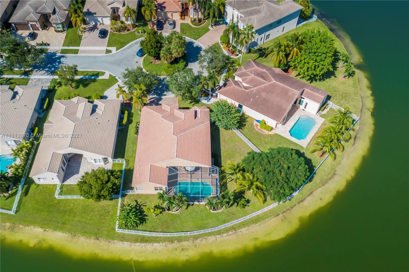 Photo of 18568 SW 46th St, Miramar, FL 33029 (MLS # A11113070)