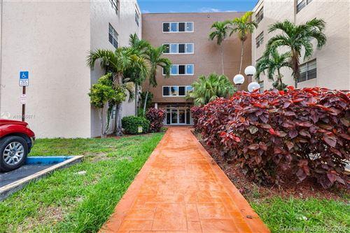 Foto de inmueble con direccion 6960 Miami Gardens Dr #2-222 Hialeah FL 33015 con MLS A10855071