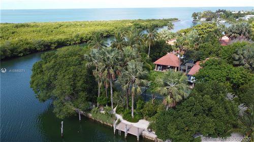 Photo of 960 Harbor Dr, Key Biscayne, FL 33149 (MLS # A10880071)