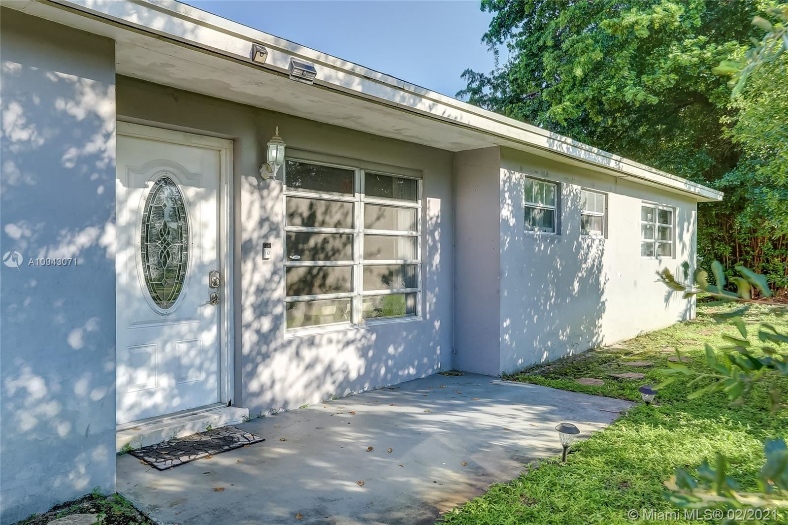 301 NE 42nd Ct, Oakland Park, FL 33334 - #: A10943071
