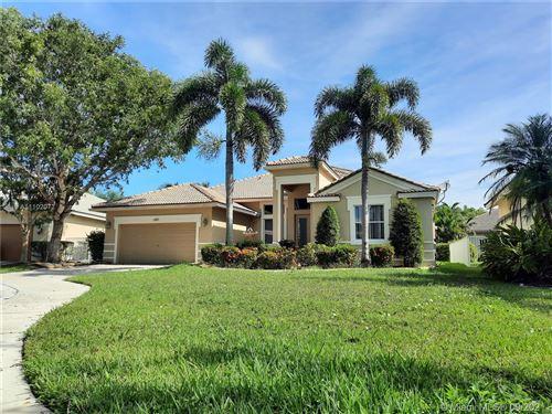 Photo of 1251 Skylark Dr, Weston, FL 33327 (MLS # A11102072)