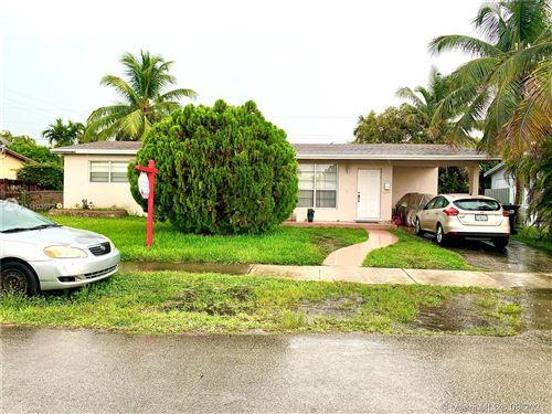 Photo of 9220 SW 46th Ter, Miami, FL 33165 (MLS # A11103072)