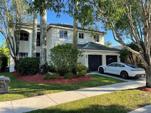Photo of 862 SUNFLOWER CIRCLE, Weston, FL 33327 (MLS # A11116072)