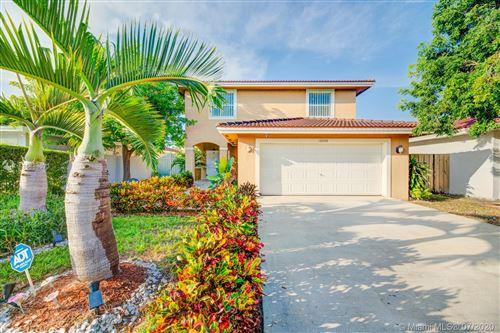 Photo of 12264 SW 216th St, Miami, FL 33170 (MLS # A10884073)