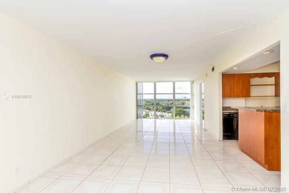 1000 Parkview Dr #923, Hallandale Beach, FL 33009 - #: A10870073