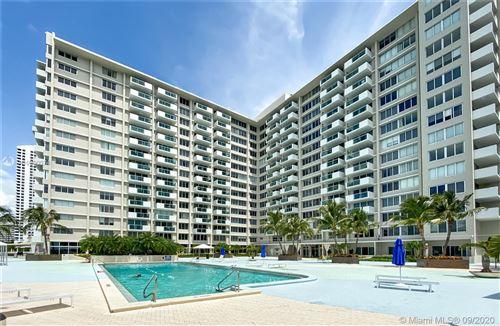 Foto de inmueble con direccion 1200 West Ave #315 Miami Beach FL 33139 con MLS A10900074