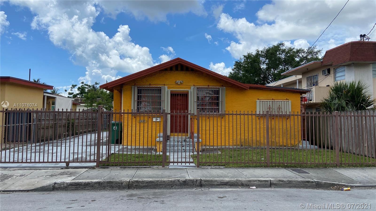 1832 SW 3rd St, Miami, FL 33135 - #: A11076074