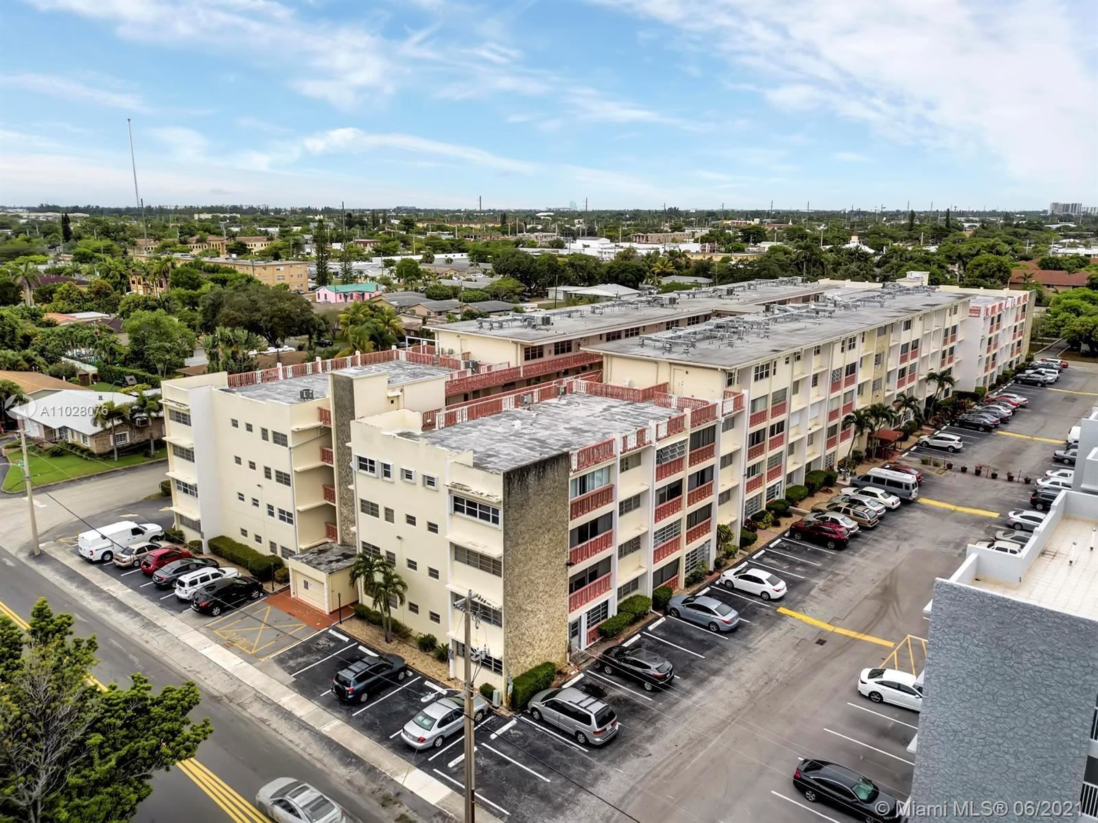 Photo of 215 SE 3rd Ave #302D, Hallandale Beach, FL 33009 (MLS # A11028076)