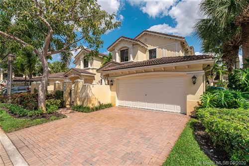 Photo of Listing MLS a10856077 in 1504 NW Passion Vine Cir #1504 Weston FL 33326