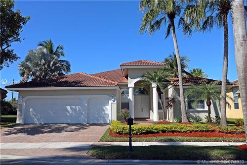 Photo of 2557 Jardin Terrace, Weston, FL 33327 (MLS # A10899077)