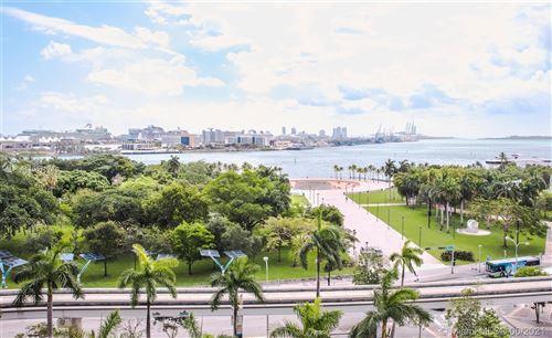 Photo of 50 BISCAYNE BLVD #912, Miami, FL 33132 (MLS # A11057078)
