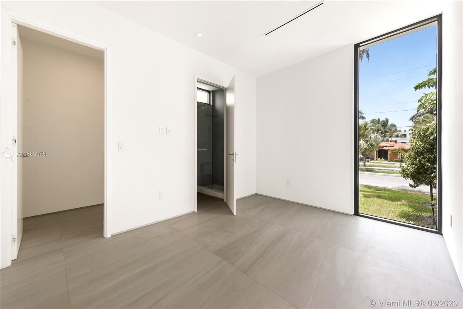 Photo 25 of Listing MLS a10683078 in 272 Palm Ave Miami Beach FL 33139