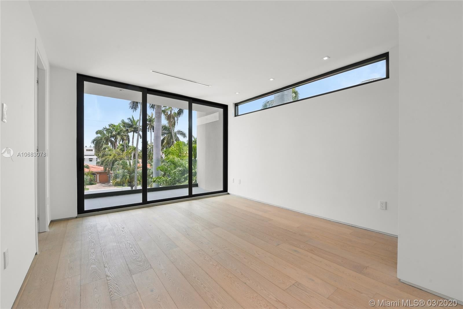 Photo 27 of Listing MLS a10683078 in 272 Palm Ave Miami Beach FL 33139