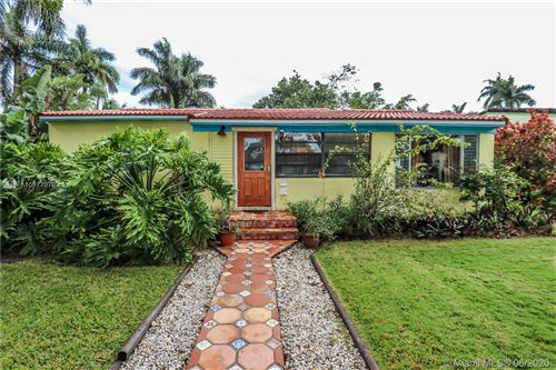 Photo of Listing MLS a10877079 in 1516 Mayo St Hollywood FL 33020