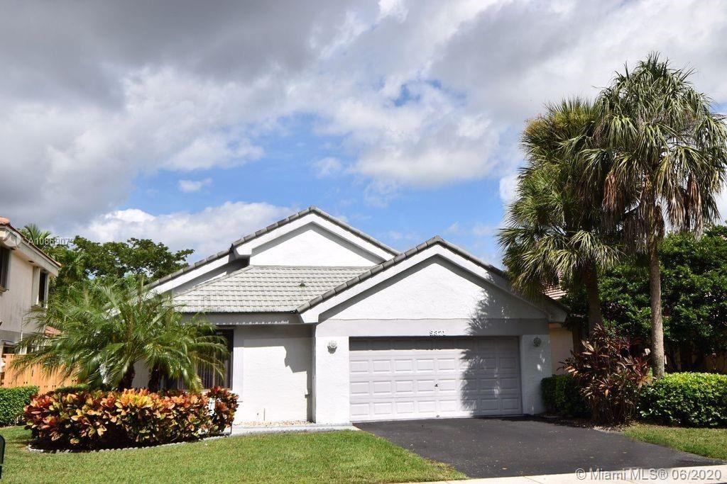 Photo of 9371 NW 18th Ct, Plantation, FL 33322 (MLS # A10869079)