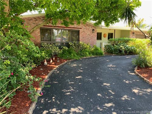 Photo of Listing MLS a10861080 in 4320 Johnson St Hollywood FL 33021