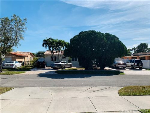 Photo of 9650 SW 19th St, Miami, FL 33165 (MLS # A10990080)