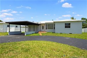 Photo of Listing MLS a10673081 in 2651 Jackson St Hollywood FL 33020
