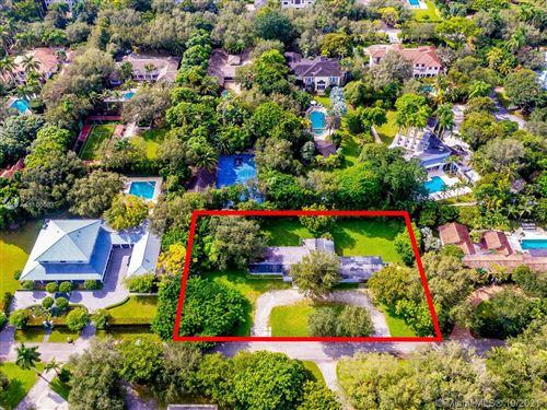 Photo of 5850 SW 93rd St, Pinecrest, FL 33156 (MLS # A11106081)