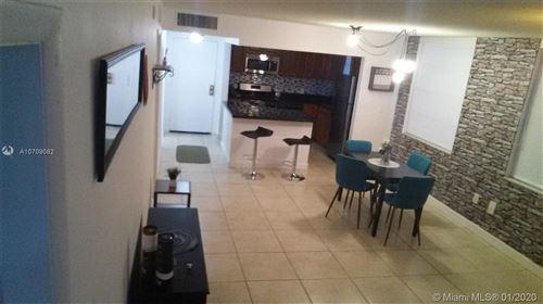 Foto de inmueble con direccion 2175 NE 170th St #114 North Miami Beach FL 33162 con MLS A10709082