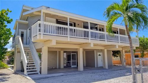 Photo of Listing MLS a10768082 in 122 Gulfview Dr Islamorada FL 33036