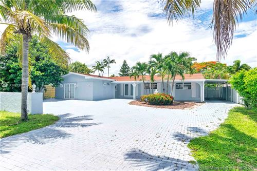Photo of Listing MLS a10878083 in 1641 NE 56th Ct Fort Lauderdale FL 33334