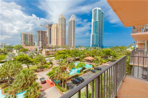 Photo of Listing MLS a10892083 in 210 174th St #616 Sunny Isles Beach FL 33160