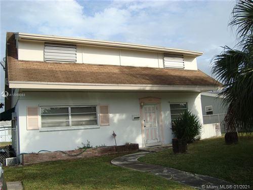 Photo of 17725 SW 111th Ave, Miami, FL 33157 (MLS # A10984083)