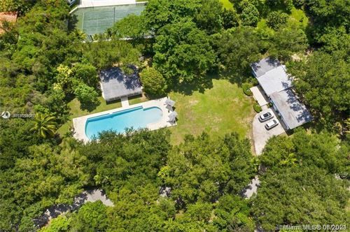 Photo of 8940 SW 65th Ct, Pinecrest, FL 33156 (MLS # A11051083)
