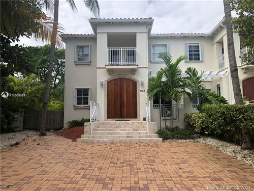 Photo of 272 Fernwood Rd #0, Key Biscayne, FL 33149 (MLS # A11038084)