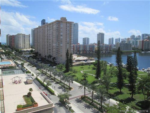 Foto de inmueble con direccion 301 174th St #1210 Sunny Isles Beach FL 33160 con MLS A10742085