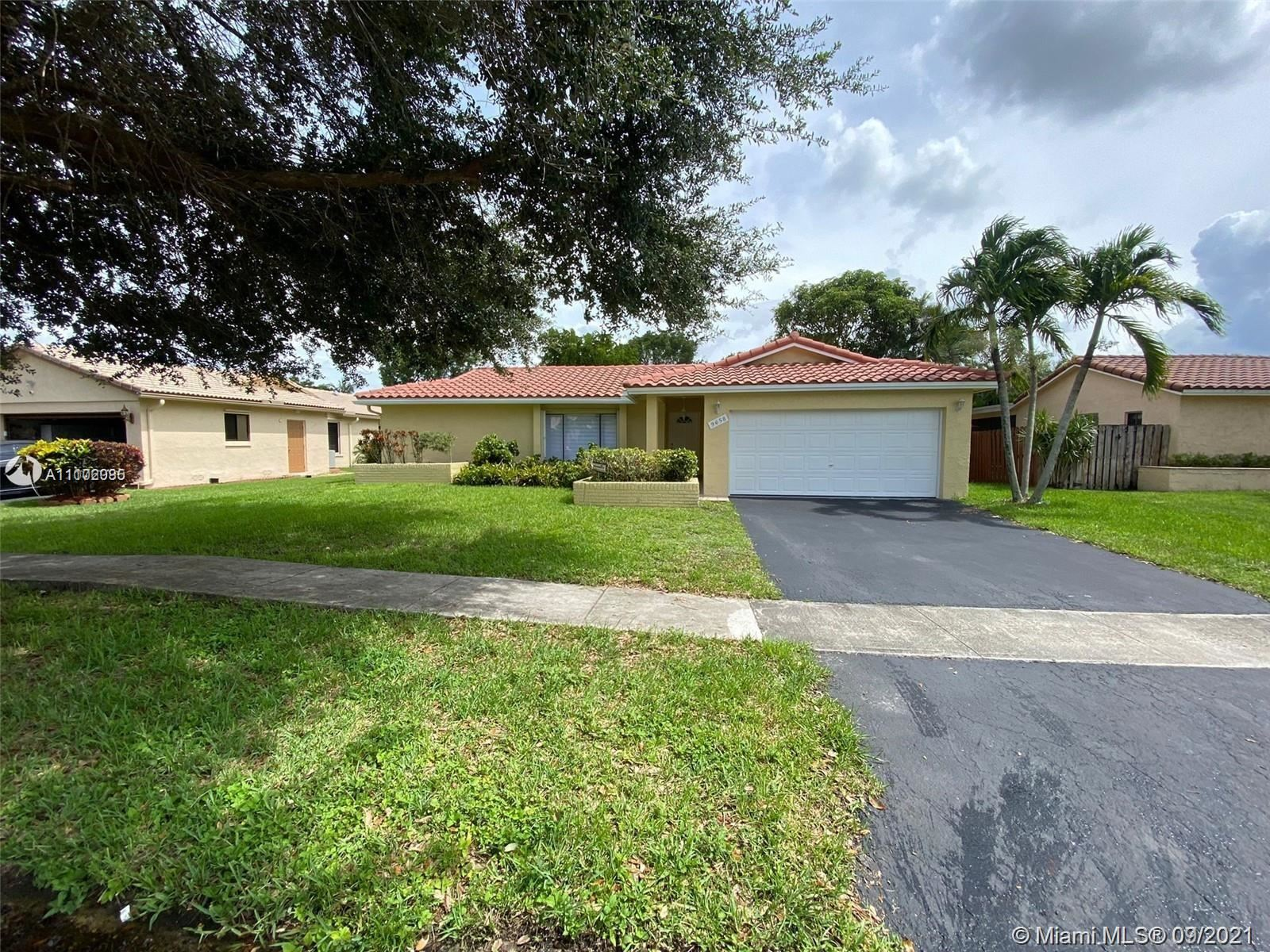 9658 NW 28th Ct, Coral Springs, FL 33065 - #: A11102085