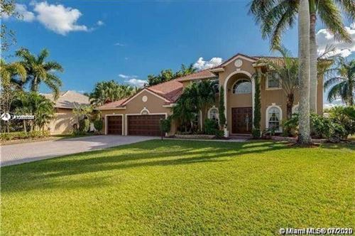 Photo of Listing MLS a10901086 in 16574 Segovia Cir S Pembroke Pines FL 33331