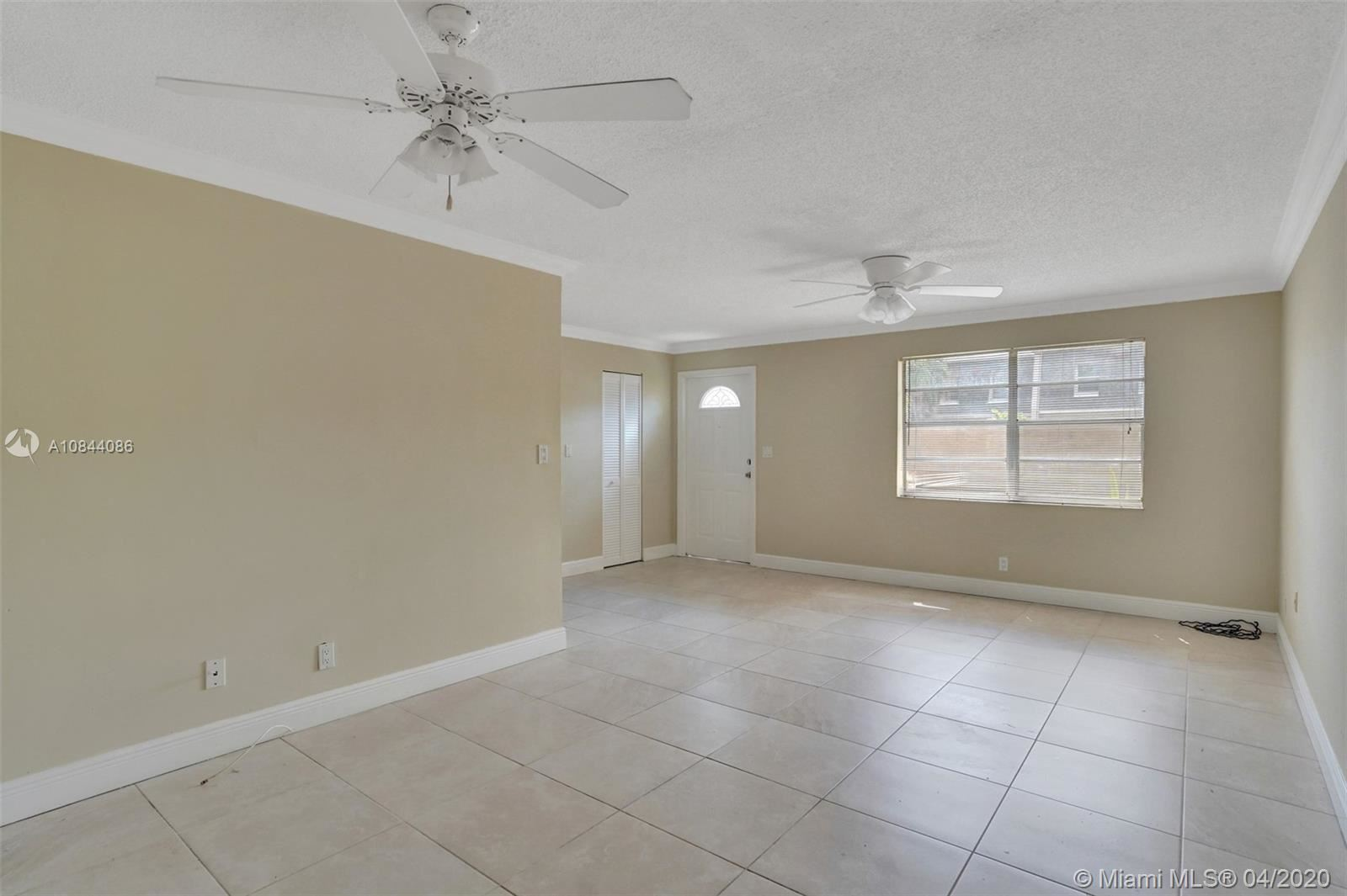 Photo of 3326 Quail Close #6, Pompano Beach, FL 33064 (MLS # A10844086)