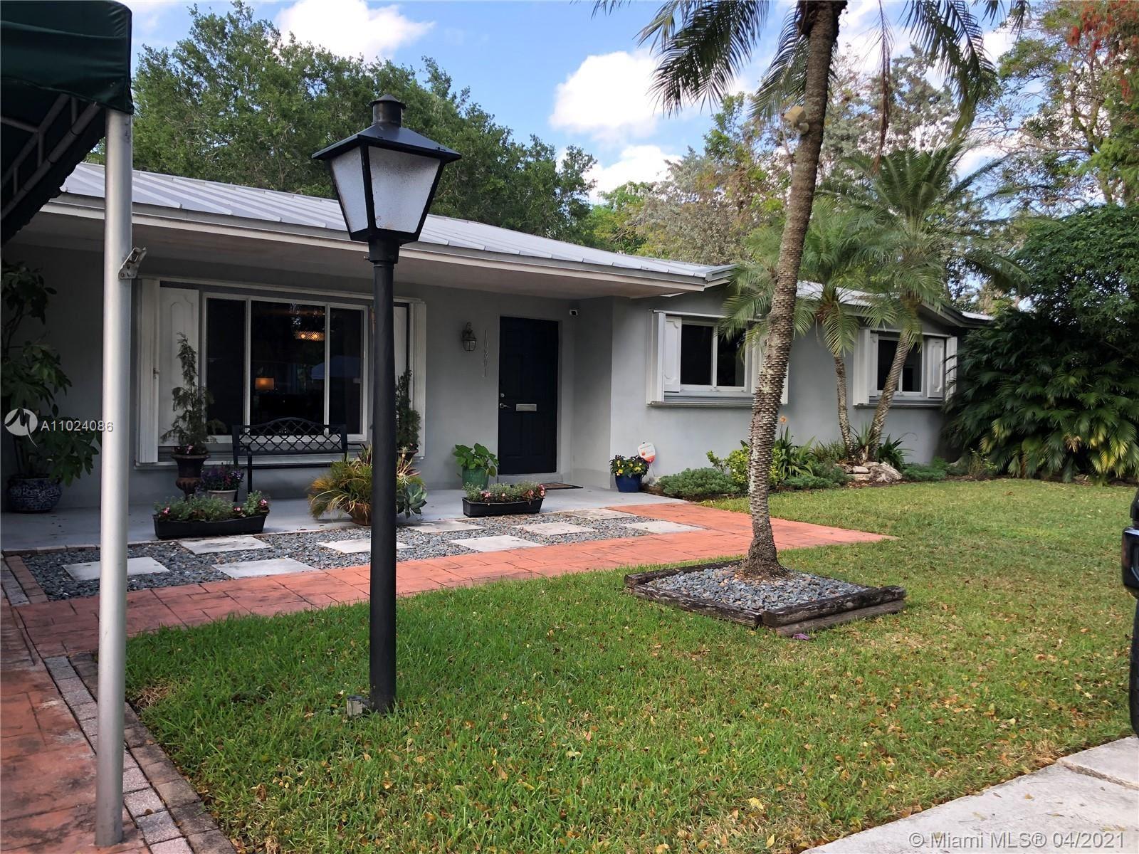 10261 SW 109th St, Miami, FL 33176 - #: A11024086
