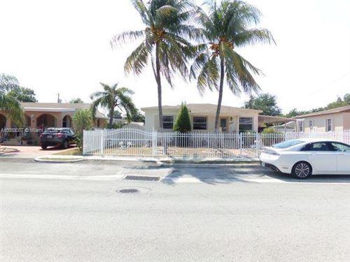 Foto de inmueble con direccion 3510 E 2nd Ave Hialeah FL 33013 con MLS A10853087