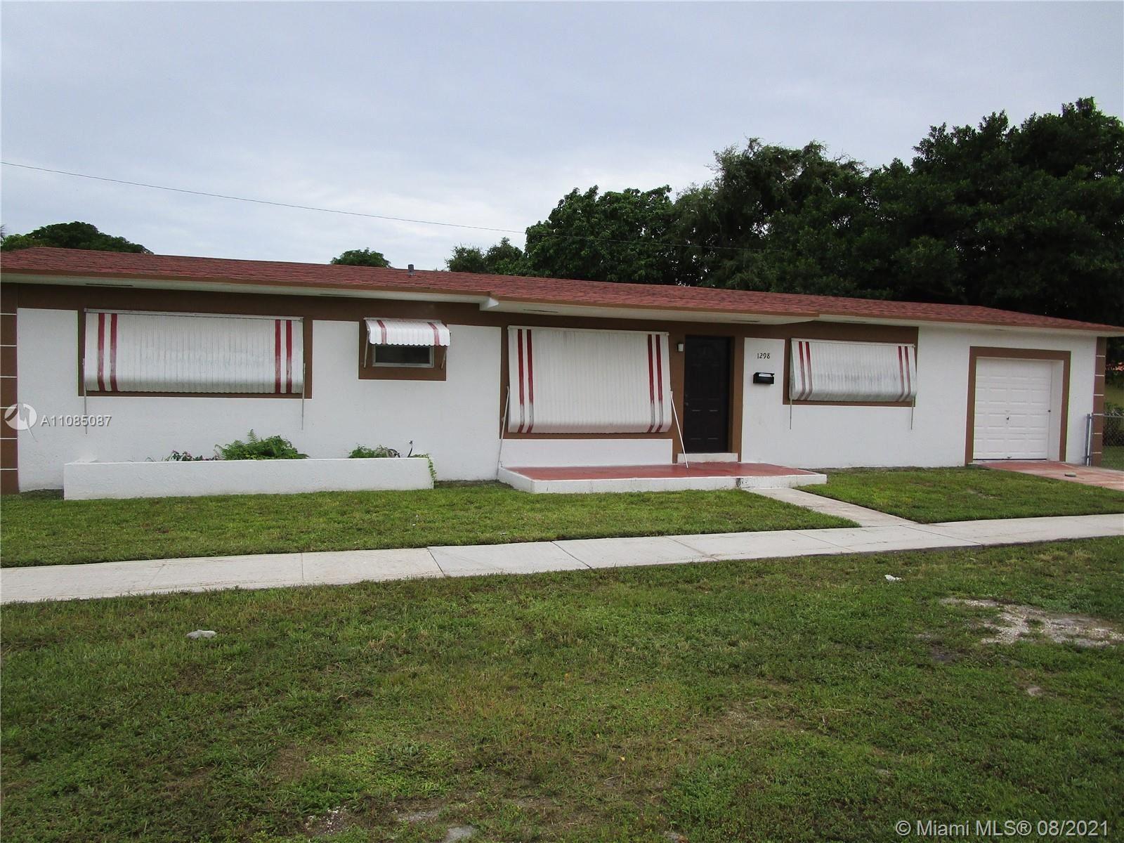 1298 NE 155th St, North Miami Beach, FL 33162 - #: A11085087