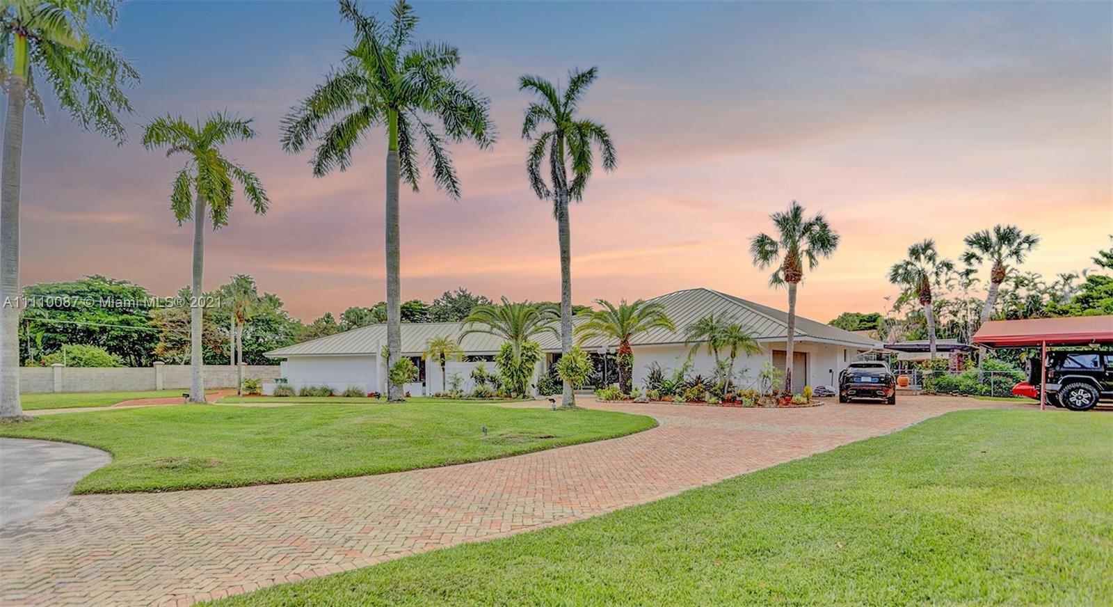 10500 SW 87th Ct, Miami, FL 33176 - #: A11110087