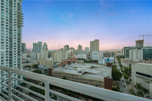 Photo of Listing MLS a10888088 in 234 NE 3rd St #1701 Miami FL 33132