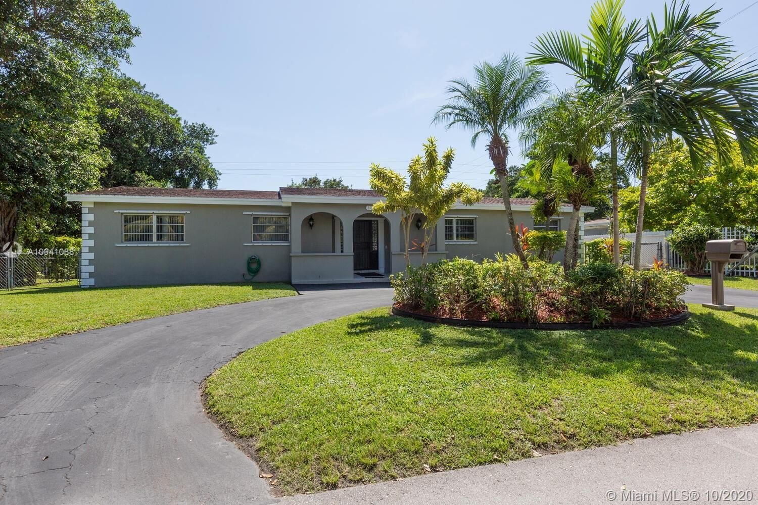 6230 SW 63rd Ter, South Miami, FL 33143 - #: A10941088