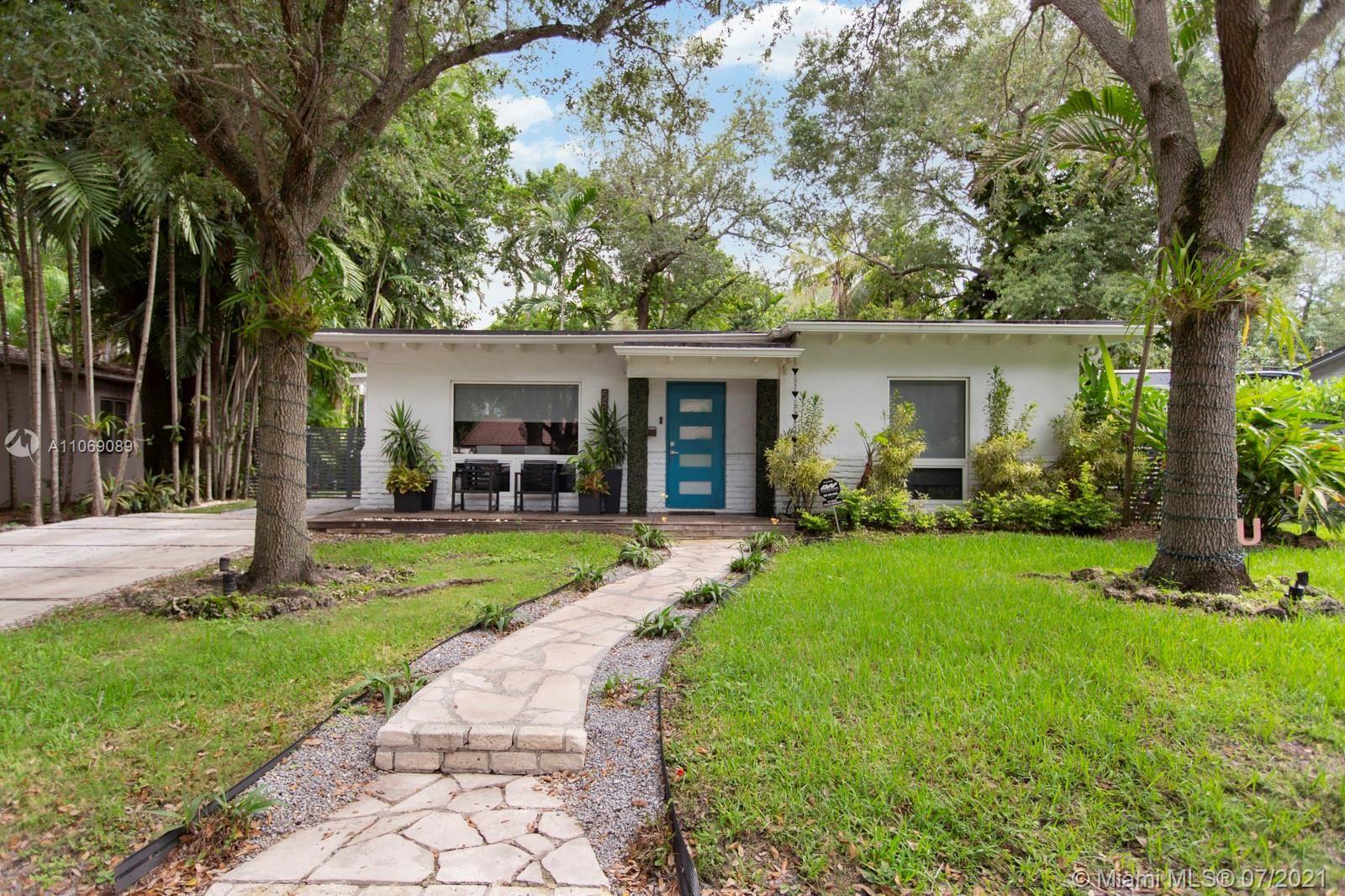 5851 SW 49th St, Miami, FL 33155 - #: A11069089