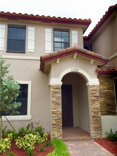 Photo of Listing MLS a10820091 in 11553 SW 248th Ter #11553 Homestead FL 33032
