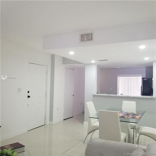 Foto de inmueble con direccion 8250 SW 149th Ct #8-208 Miami FL 33193 con MLS A10888091