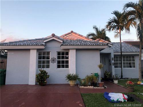 Photo of 15531 SW 59 ST, Miami, FL 33193 (MLS # A10921091)